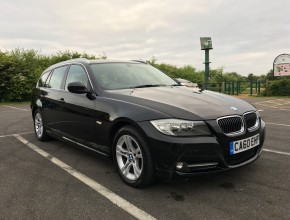 BMW 3 SERIES 2.0 320d Exclusive Edition Touring 5 door Auto